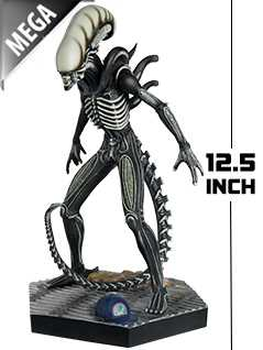 12.5-inch mega xenomorph (glow-in-the-dark) - Alien and Predator