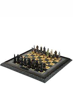 battle for middle earth chess set - The Hobbit & Lord of the Rings