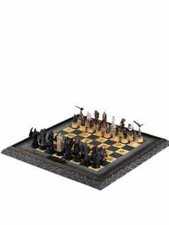 characters and creatures of middle earth chess set - The Hobbit & Lord of the Rings